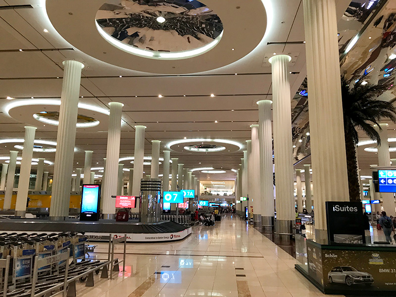 Huge, beautiful, Dubai, airport, UAE